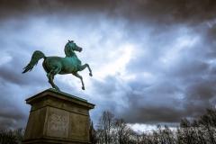 Pferdestatue vor der Uni Hannover
